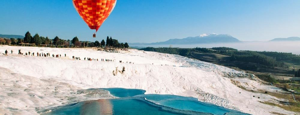 """Turkish """" Cotton Castle """" set a record number of visitors"""