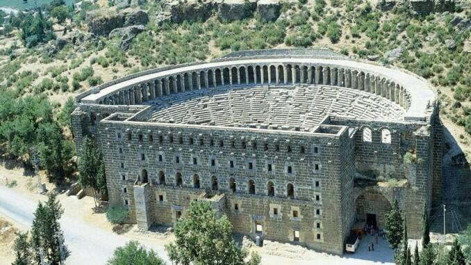 The southern Turkish is replete with Greek monuments