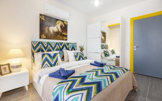 Furnished apartments near the sea